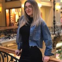 Юлия Дворецкая