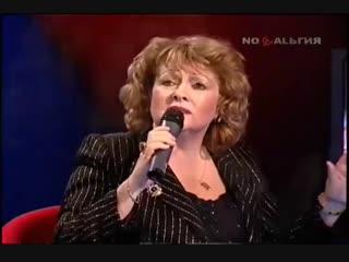 Нина Бродская Август