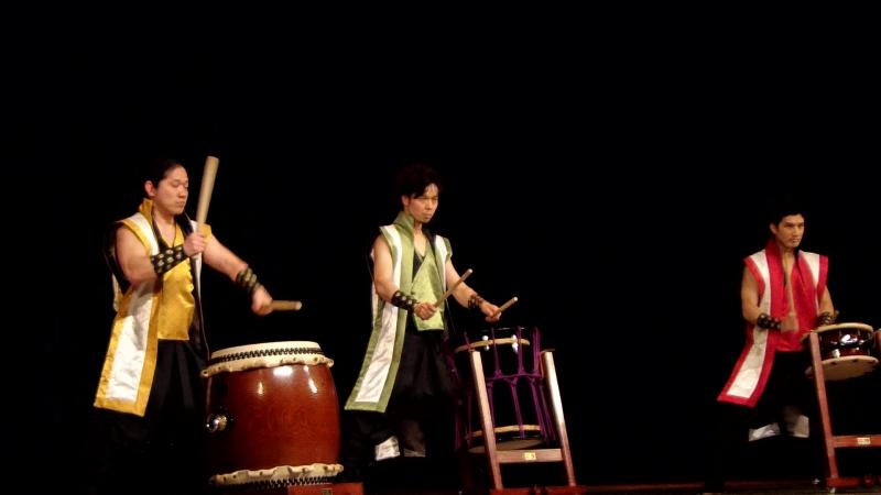 Барабаны Тайко «Гётэн/Япония» и «Пляска седьмого неба/Ульяновск»