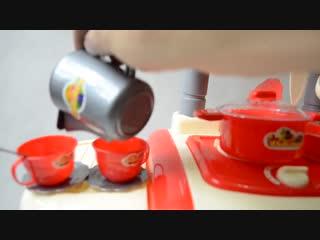 Детская игрушечная кухня со звуком, плита для девочки 2 конфорки kitchen cooking красная