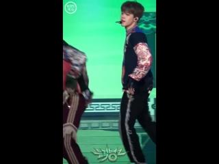 방탄소년단 (BTS) 지민 - IDOL _ 180831 뮤직뱅크 직캠