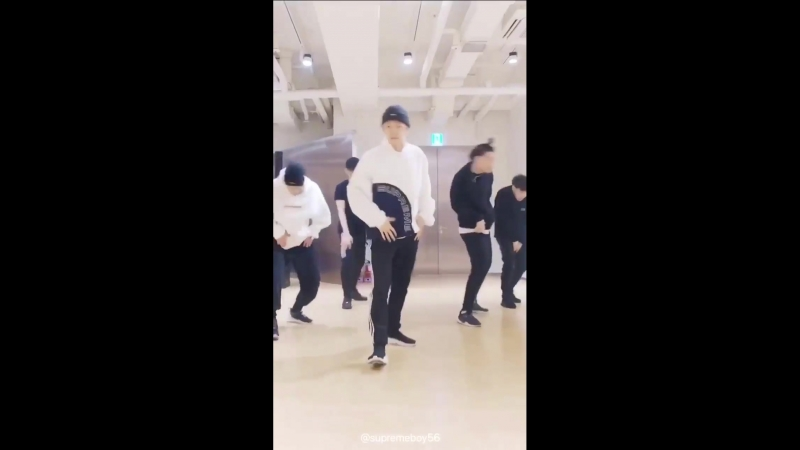 Baekhyun - Blooming Day (Dance Practice)