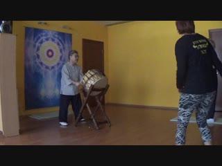 7. Вибрация под барабан