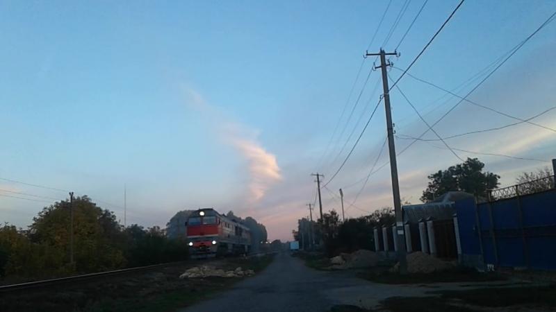 Тепловоз 2тэ116у 0257 на перегоне Старомарьевская Палагиада и приветливая бригада