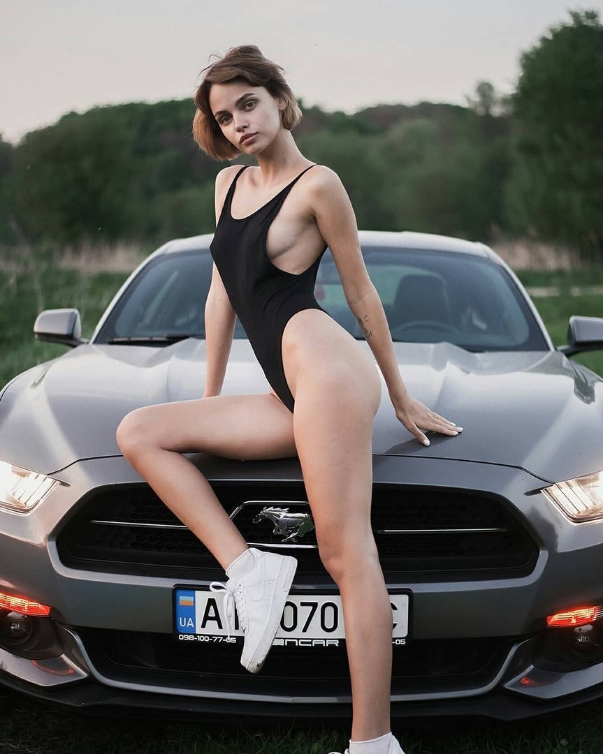 Free pictures of naked asian girls