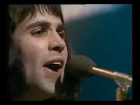 Old Grey Whistle Test - 4.21 Stackridge and Dave Evans {28 Feb 1975}