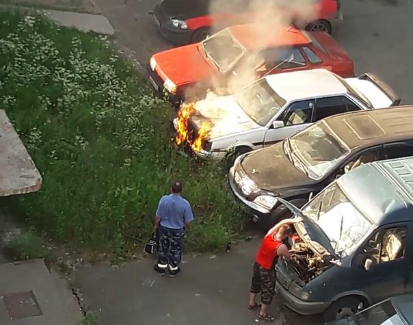 30 июня горела Toyota Corona