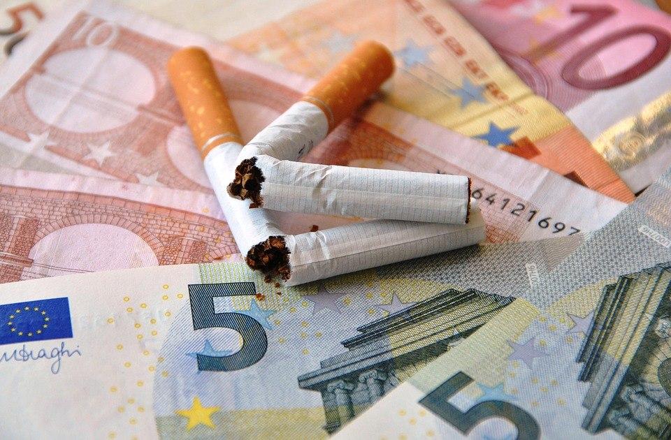 Бросить курить жителям СВАО помогут в окружном Роспотребнадзоре