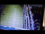 Момент землетрясения на Урале попал на видео