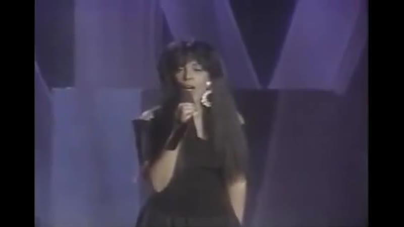 Donna Summer Love's About To Change My Heart Live 1989