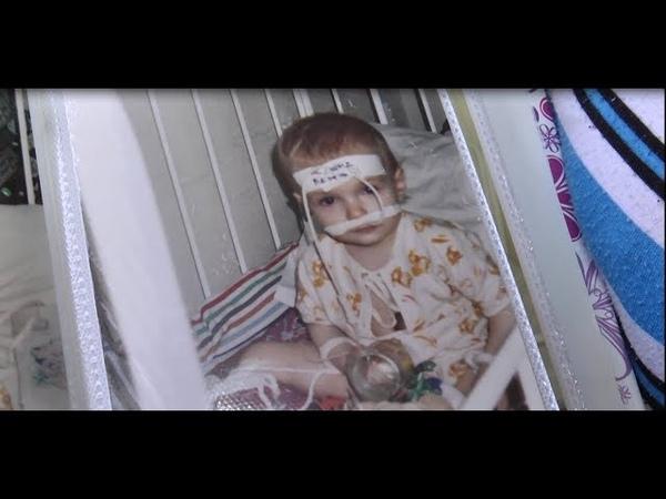 Вирване волосся та синці – у Сумах мати знущається над 8-річною дитиною