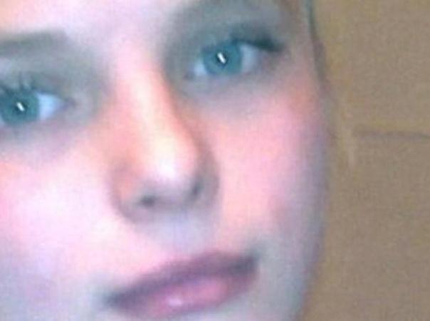 Дело Оксаны Макар:действующие лица Личность убитойОксана Сергеевна Макар родилась 11 июня 1993 года в посёлке Луч Жовтневого района Николаевской области. Семья Оксаны в посёлке не считалась