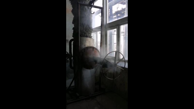 Дымящая труба на ТЭЦ