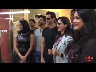 Удивительный флеш-моб для Hritik Roshan & Yami Gautam | Kaabil
