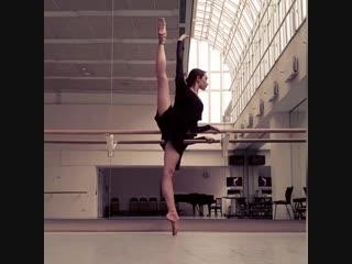 Anna ol, prima ballerina  with het nationale ballet , amsterdam