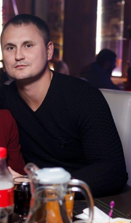 Dmitry, 29, Roven'ky