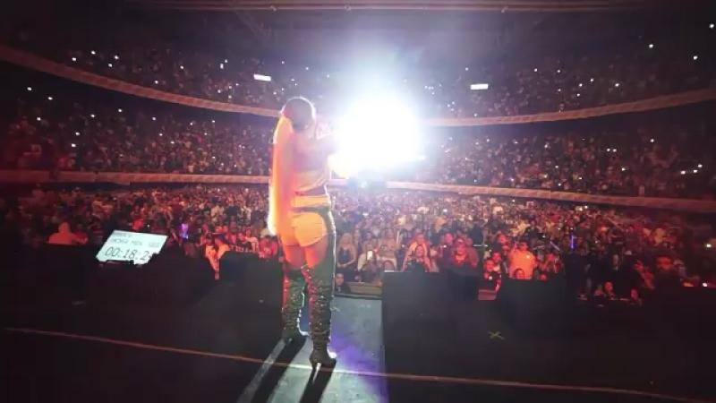 Karol G - Live in Medellin, 15/09/18 (by Felipe Orvi)