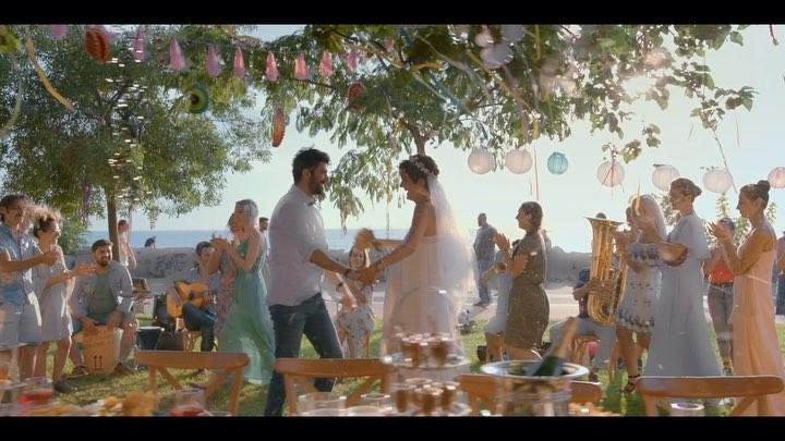 """Bir Aşk İki Hayat on Instagram """"Yılın aşk filmi BirAşkİkiHayat sadece sinemalarda! ❤ EnginAkyürek"""