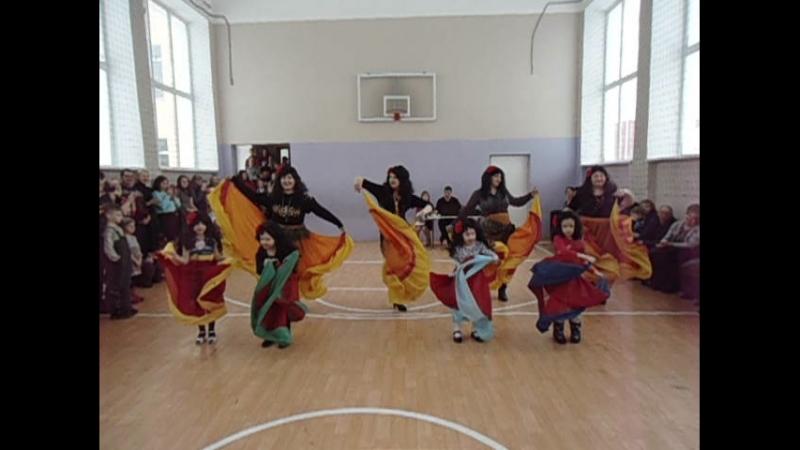 Окружной фестиваль Дружба народов (Д/с Колосок Цыганский танец)