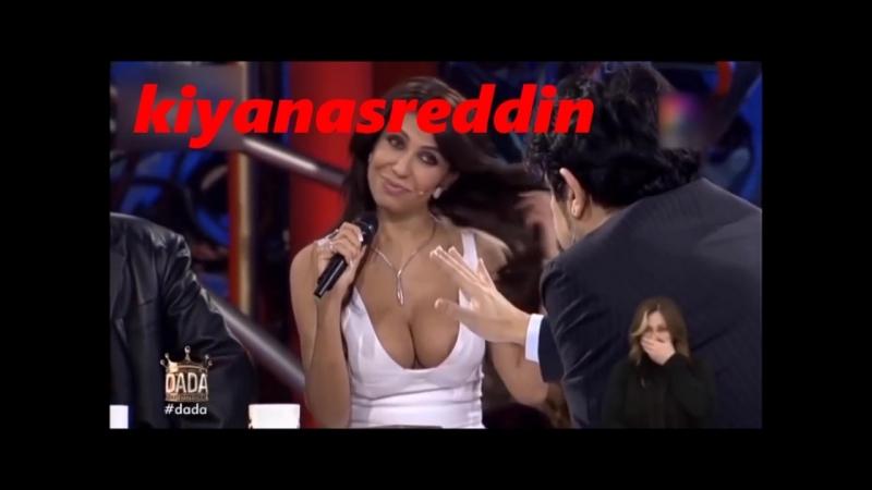 Sibel Meriç canlı yayında Okan Bayülgen'e meme frikiği veriyor - erotik live tv scene