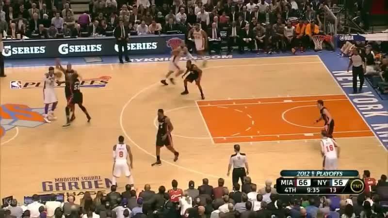 Amazing dunk