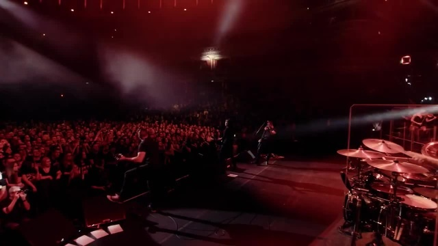 Alter Bridge: Addicted To Pain Live At The Royal Albert Hall (OFFICIAL VIDEO)