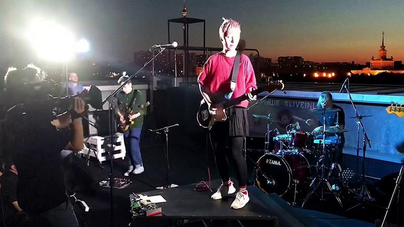 Рок - группа «ГШ» - Что - то случится. Концерт на крыше павильона ВДНХ «Рабочий и Колхозница»