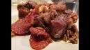 Рецепт Димы Кулинахера Говяжьи хвосты в томатно-грибной подливе с рисом.