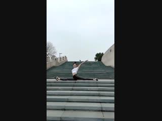 Sls 軟体 amazing female contortion compilation