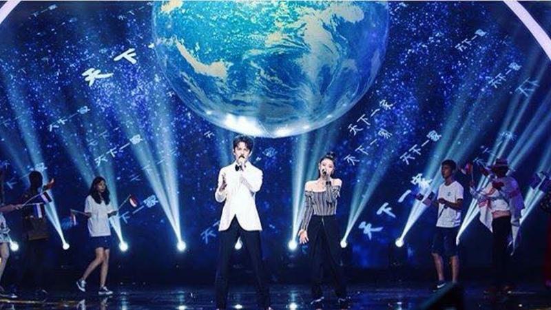 Димаш Кудайберген Dimash - WE ARE THE WORLD ft. Tia Ray [fancam]