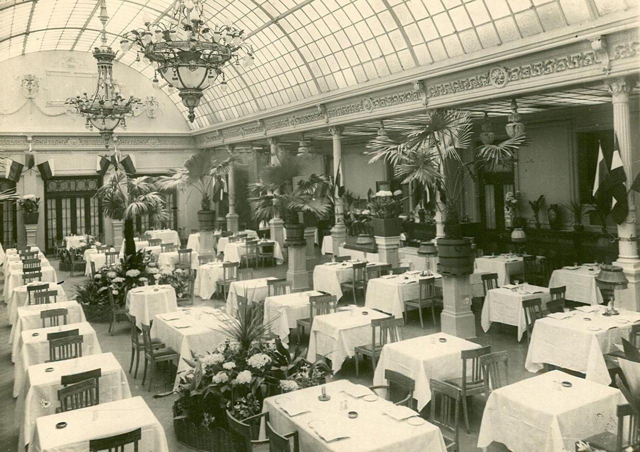"""ресторан """"Медведь"""" в 1916 году"""