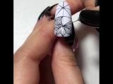 А если клиент попросит все 10 ногтей в таком дизайне?)