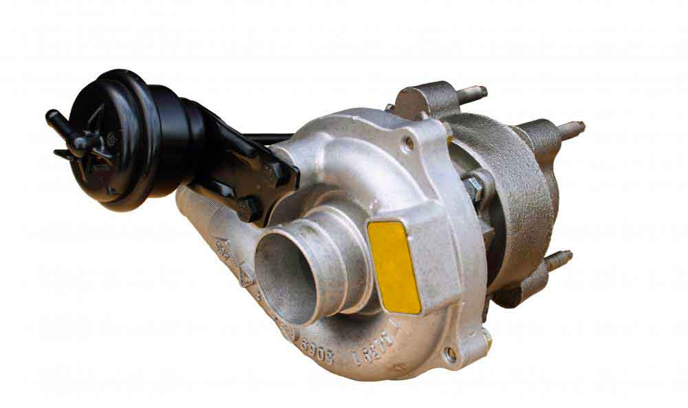 Одним из популярных примеров турбогенераторов с паровым турбинным двигателем является турбокомпрессор