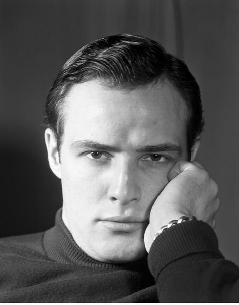 Марлон Брандо. «Крестный отец», «Трамвай «Желание», «Последнее Танго в Париже», «В порту», «Юлий Цезарь» - картины с Марлоном Брандо, о которых слышал чуть ли не каждый. За свою жизнь этот