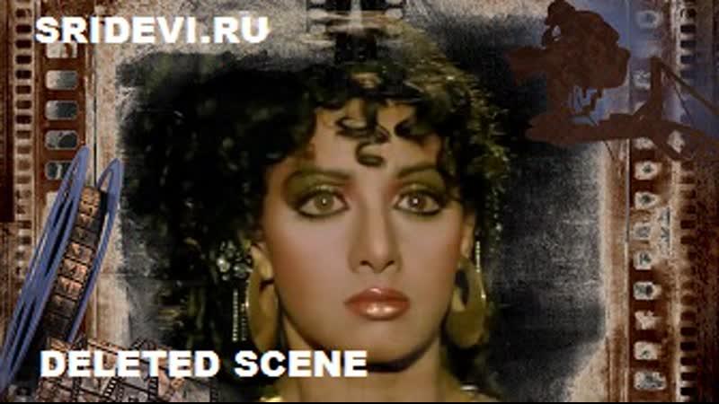 Песня Dushman Dil Ka Jo Hai Mere из фильма Сдержать клятвуRoop Ki Rani Choron Ka Raja (hindi, 1993) Удаленный фрагмент из песни