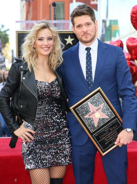 Майкл Бубле получил звезду на Аллее славы в день выхода альбома Майкл Бубле стал обладателем собственной звезды на Аллее славы Голливуда. Церемония закладки состоялась 16 ноября 2018 года.