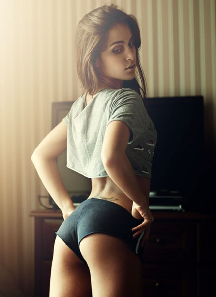 Pictures huge nude asses