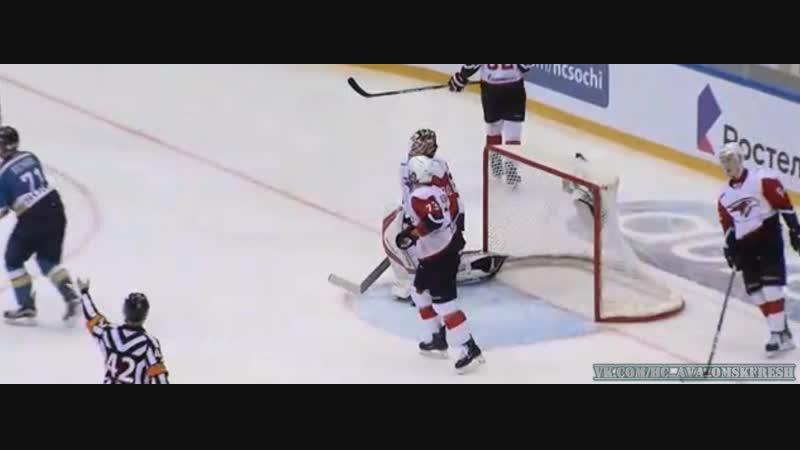 3:1. Томилин Артём (ХК Сочи) переигрывает вратаря