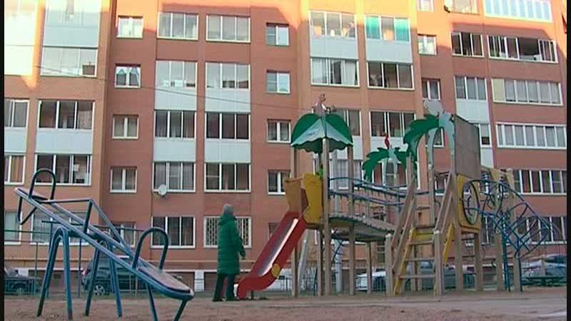 Бесхозная детская площадка на улице Сиреневая