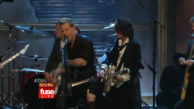 Jeff Beck, Jimmy Page and Flea with Metallica - Train Kept A Rollin 2009