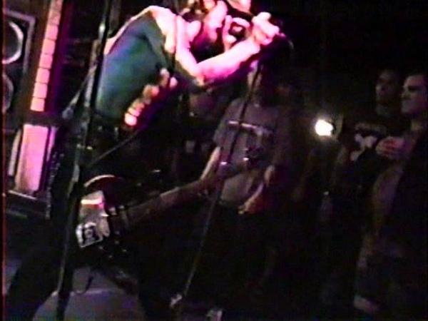 BUZZOVEN- Chokehold Live 98' Denver, CO