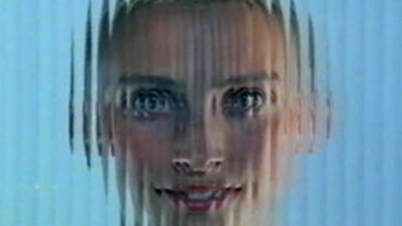 «Тайна доктора Мартину» (1991) - мюзикл, драма, сюрреализм. Кен Рассел