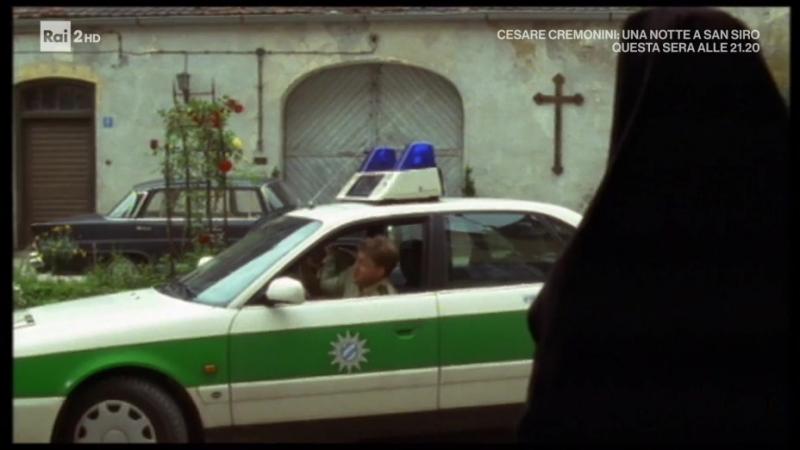 Un Ciclone in Convento S3E4 - Labito non fa la monaca