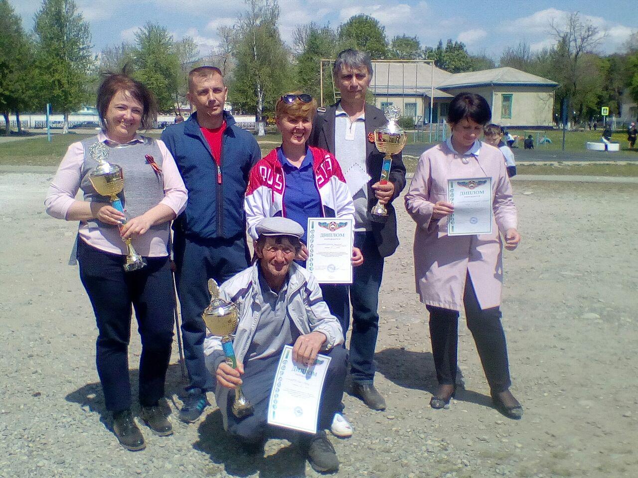 В Зеленчукском районе состоялись соревнования по стрельбе из пневматической  винтовки