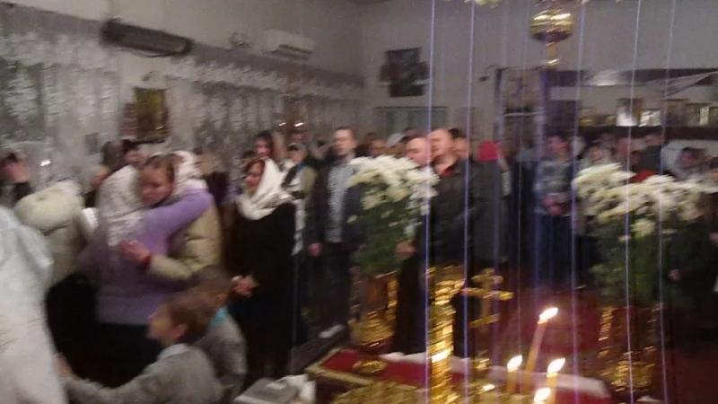 Христос Воскрес Великодня радість в громаді Христового Воскресіння м Луцьк