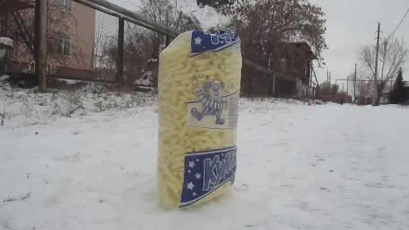 Большой кукурузо снег и крутые тачки
