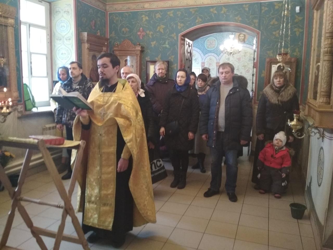 Первый молебен для Добровольцев храма святых Космы и Дамиана в Космодемьянском