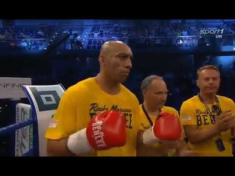 Marco Huck vs Yakup Saglam (full fight)
