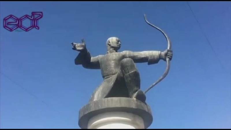 Помыли памятник Мэргэну
