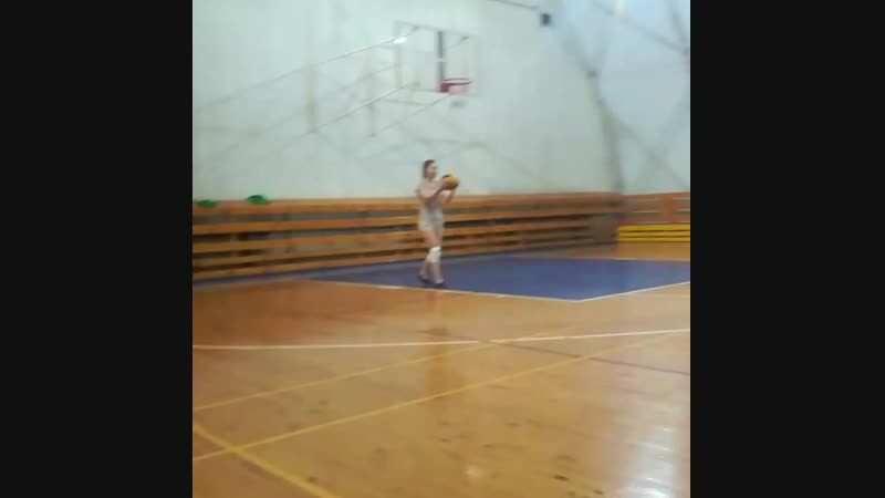 люблю волейбол